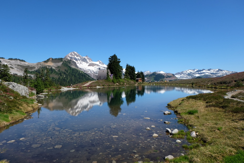 Best Summer Hikes near Vancouver - Elfin Lakes