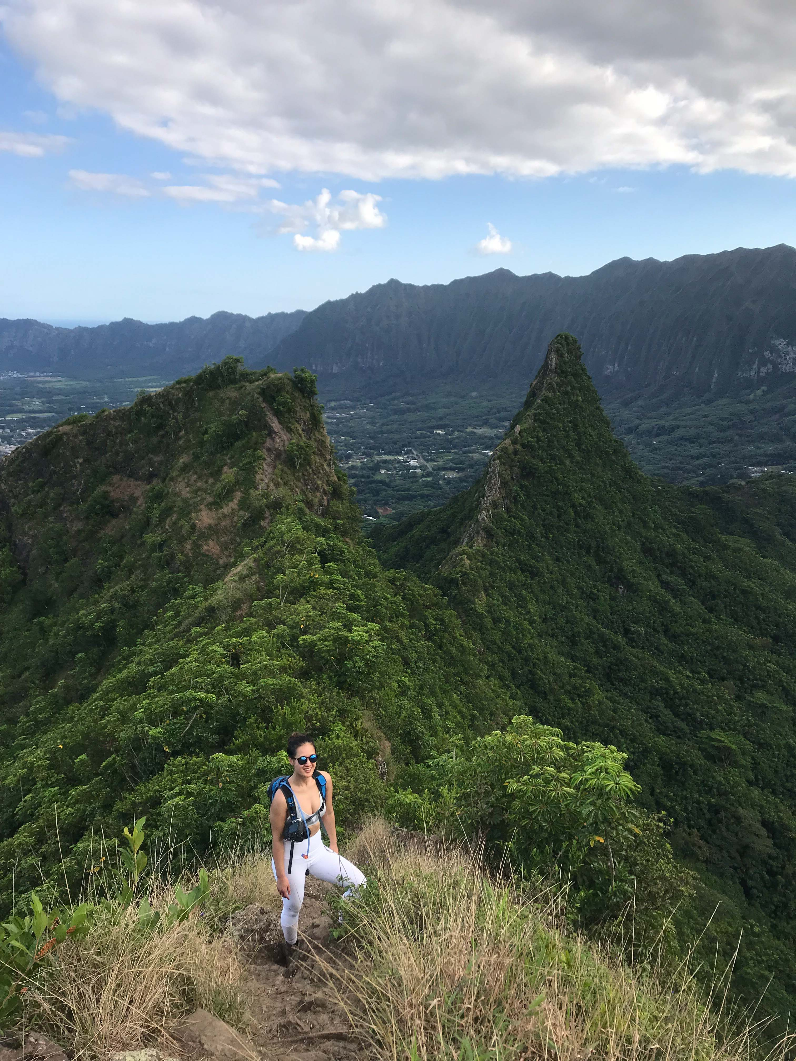 Hikes on Oahu, Hawaii: Olomana Hike - 3 Peaks #camlee